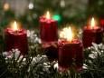 Christmas Candlelight Living Desktop
